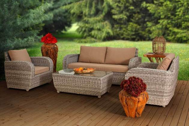 zahradní nábytek